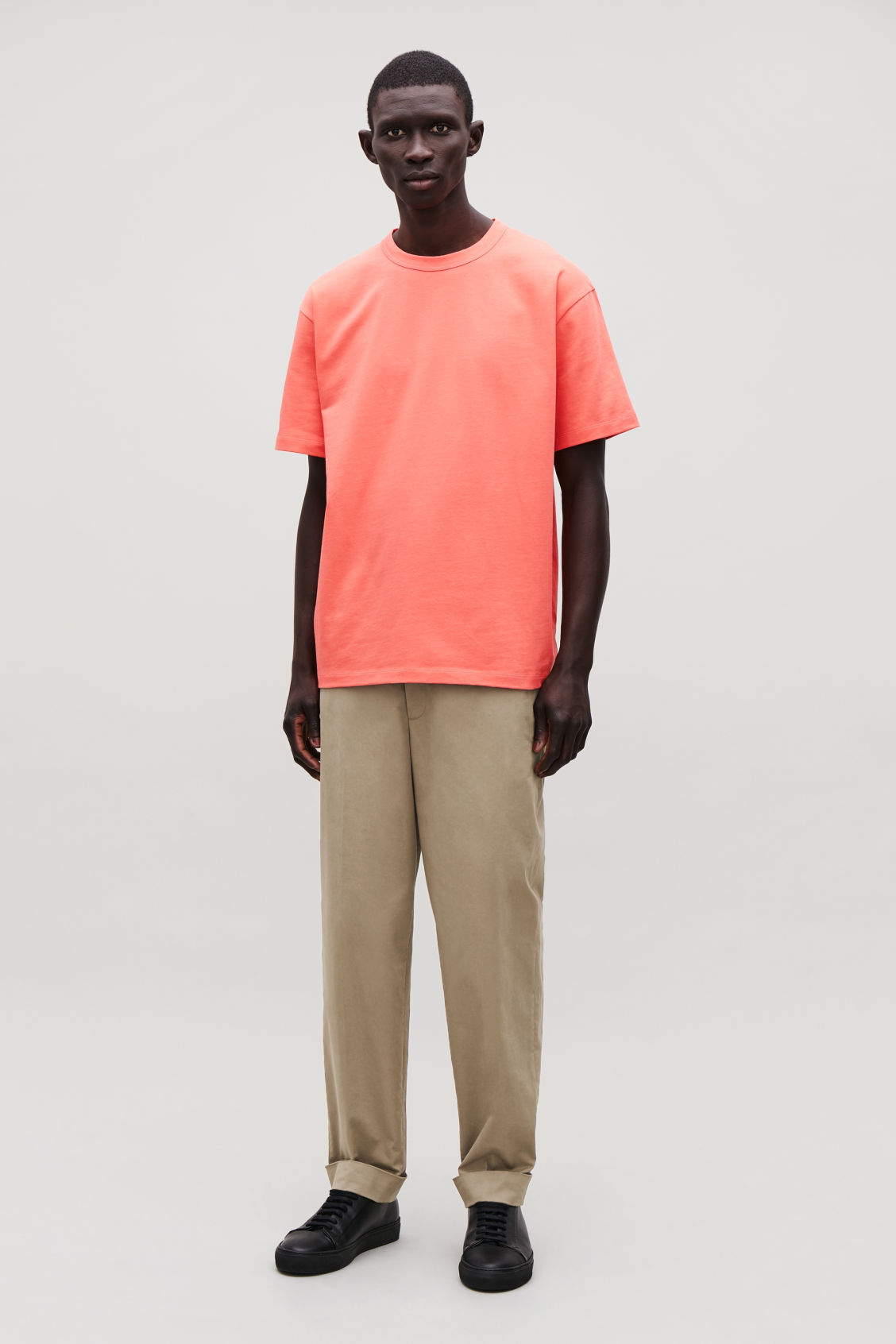 Model front image of Cos long cotton t-shirt  in orange