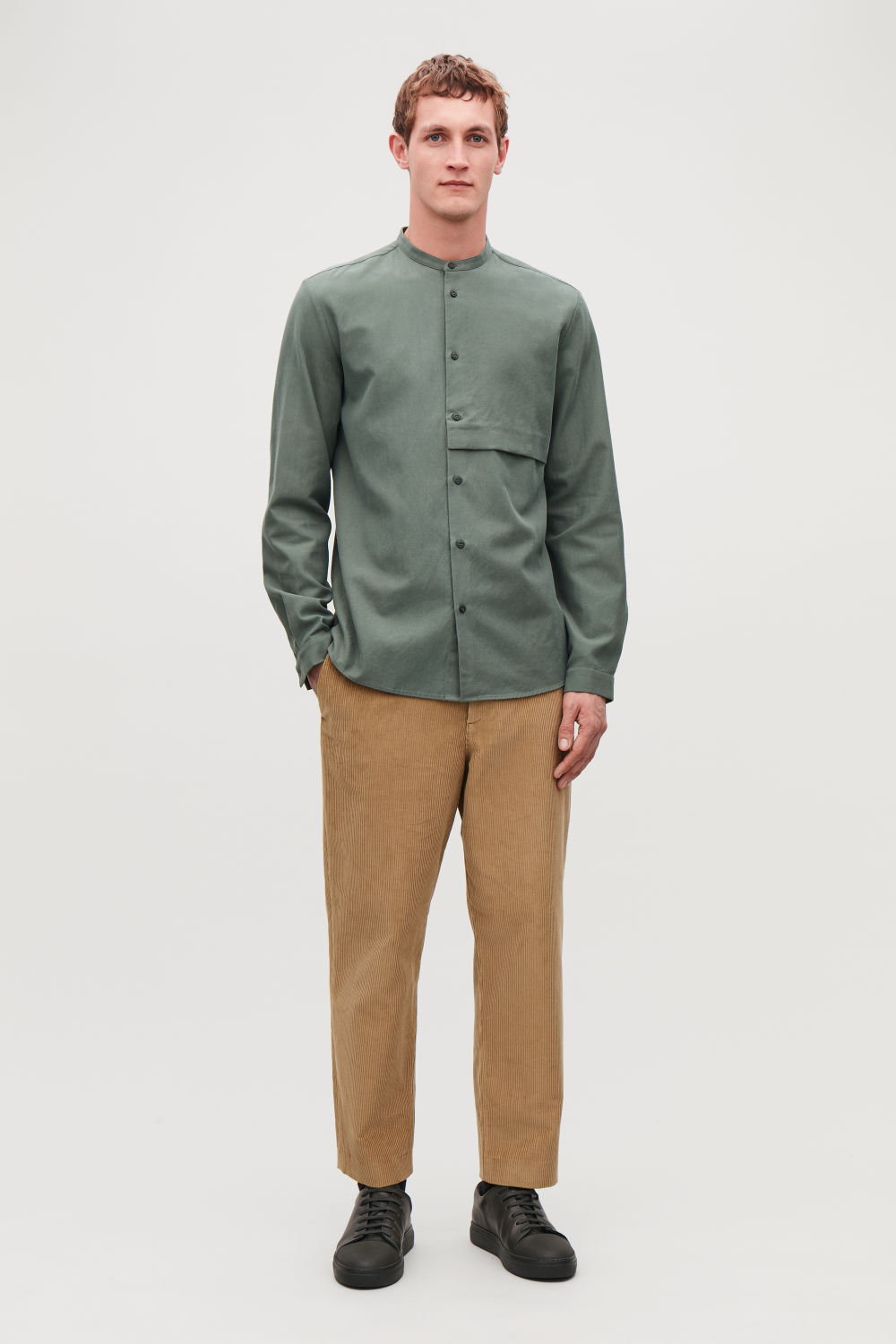GRANDAD-COLLAR SHIRT WITH POCKET