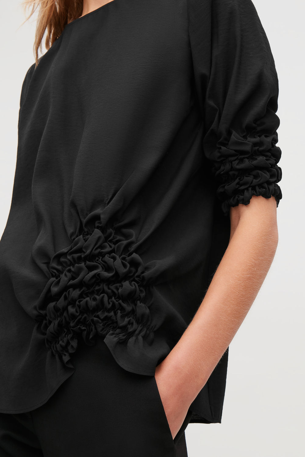 DRAPED BLOUSE WITH GATHERING
