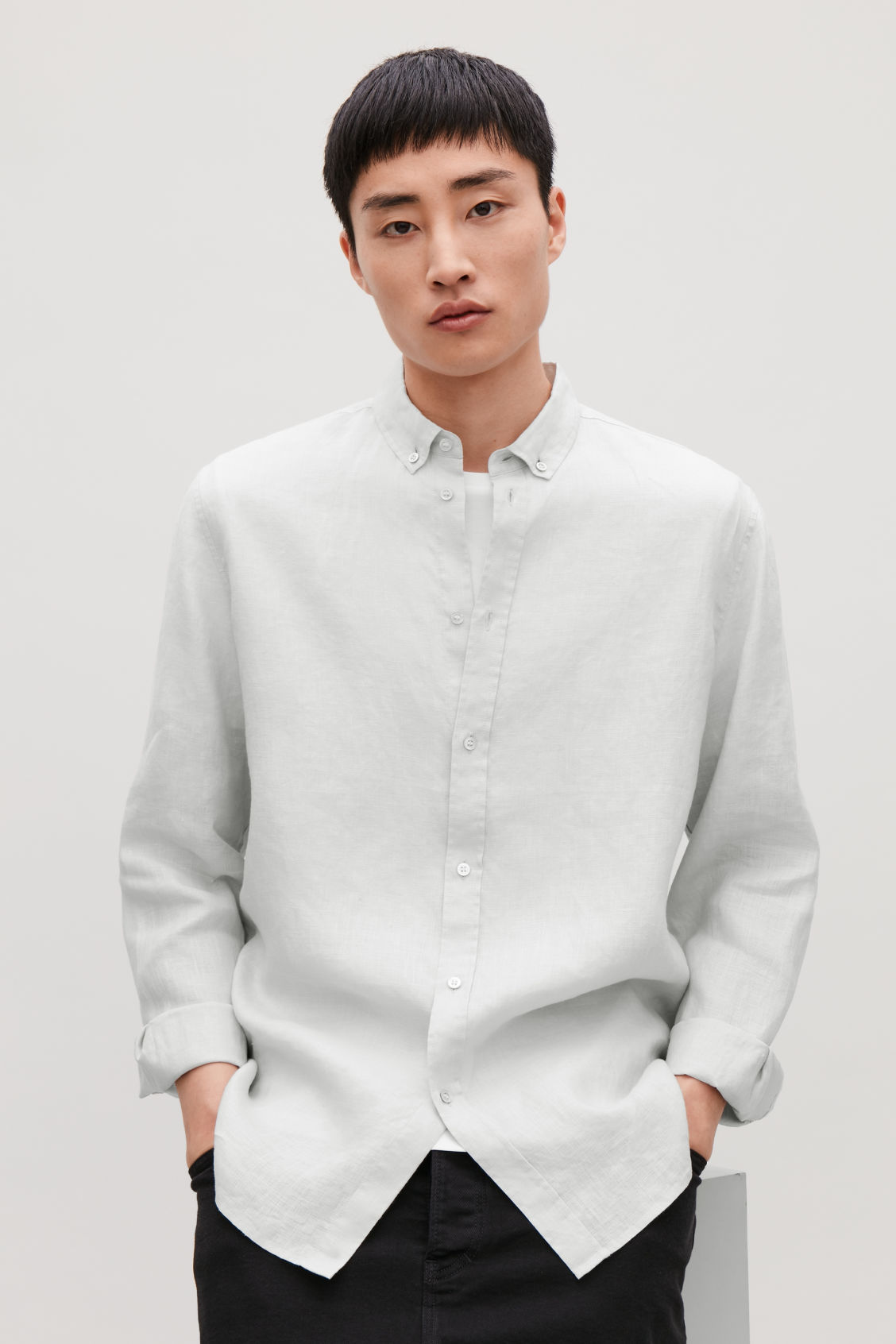 Model side image of Cos linen shirt in grey