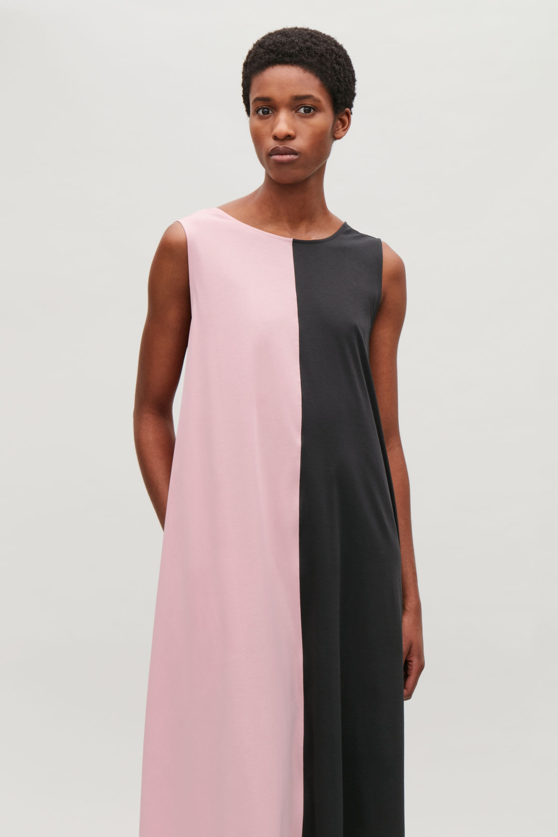 Model side image of Cos sleeveless jersey balloon dress in pink