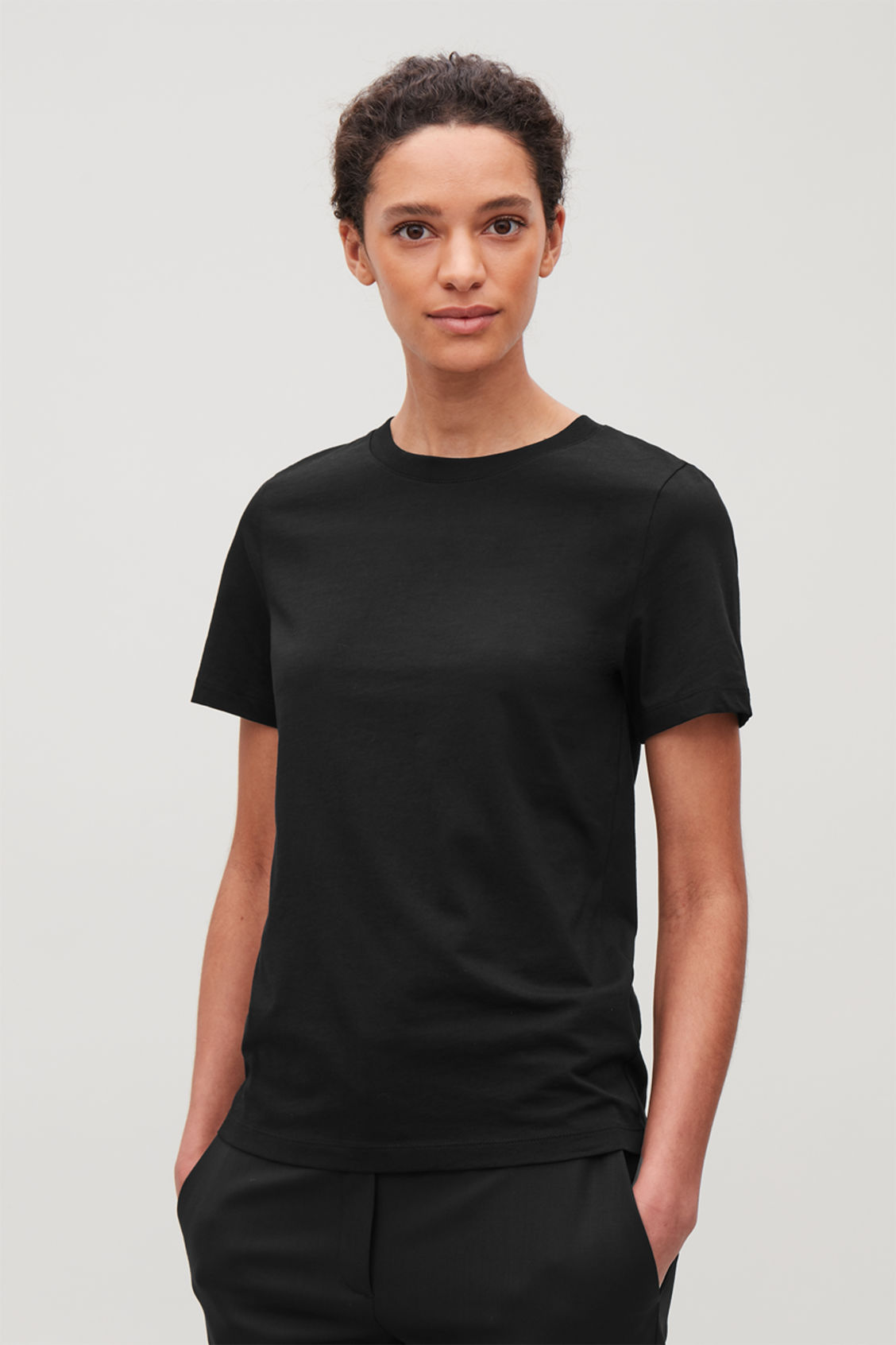Model side image of Cos pima cotton t-shirt in black