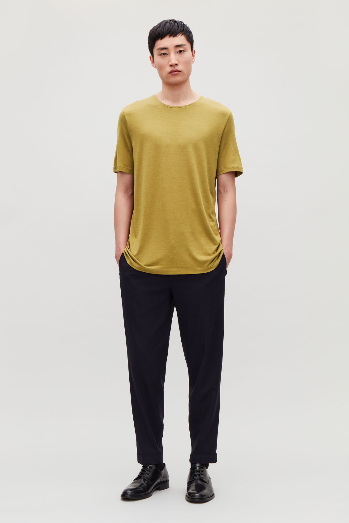 Model front image of Cos silk-linen round-neck t-shirt in yellow