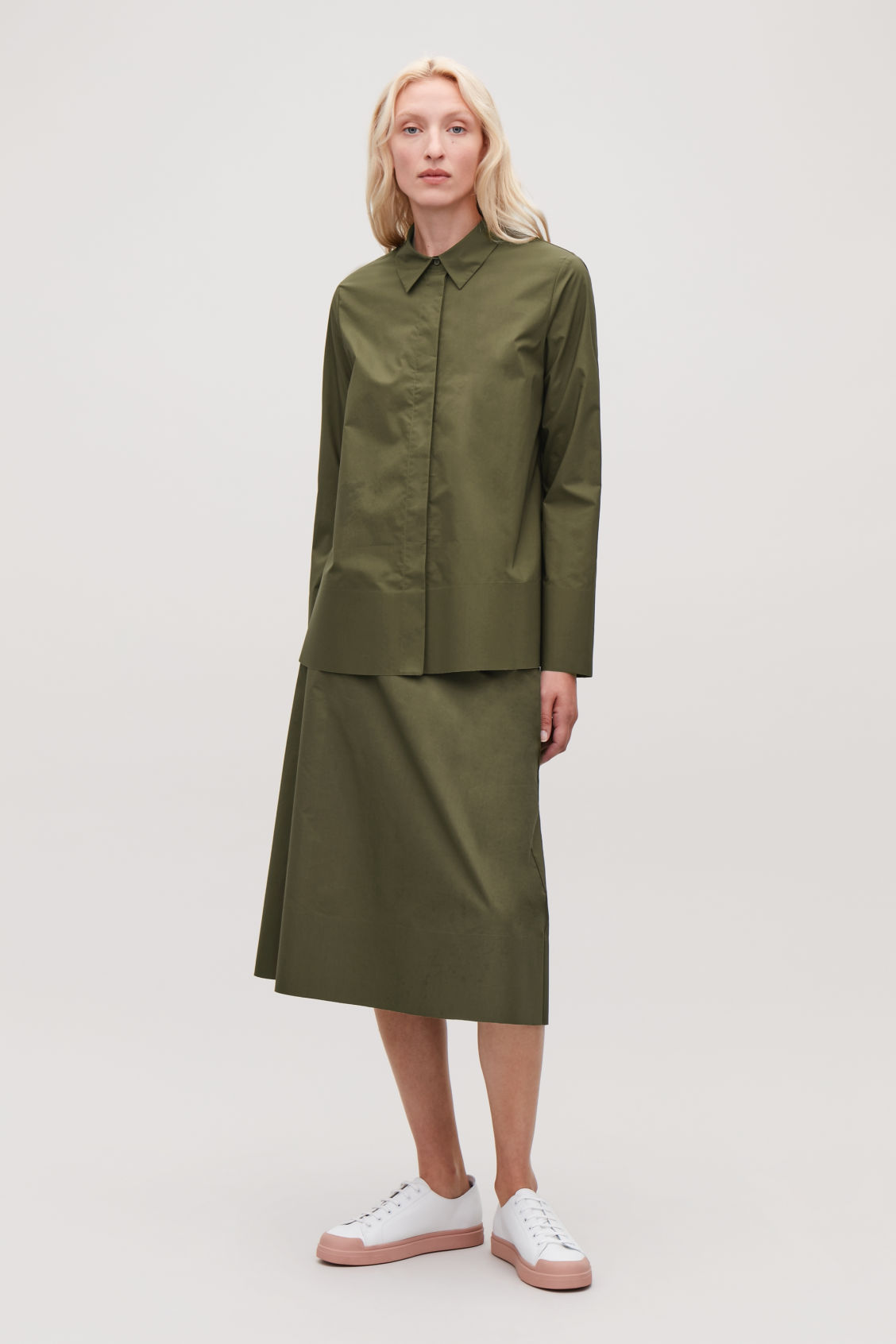 Model front image of Cos cotton-poplin a-line shirt in green