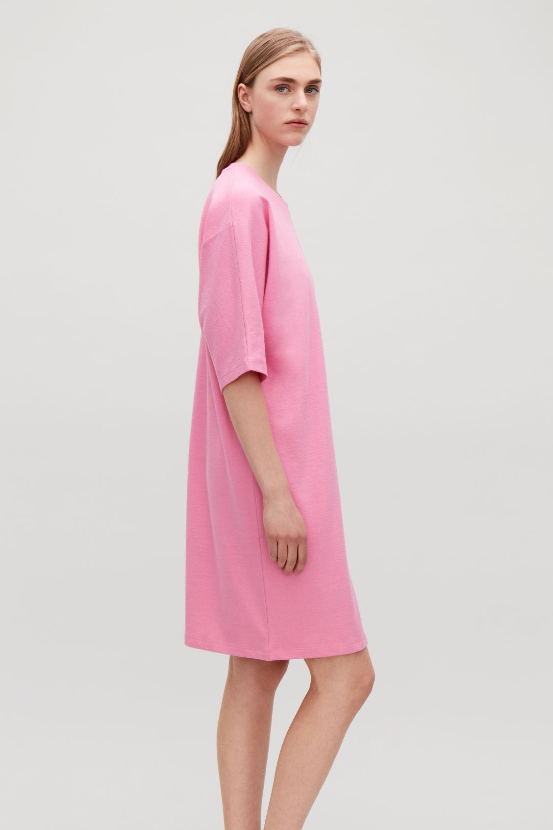 db797e578e2 TEXTURED KIMONO-SLEEVED DRESS - Bubblegum pink - Dresses - COS