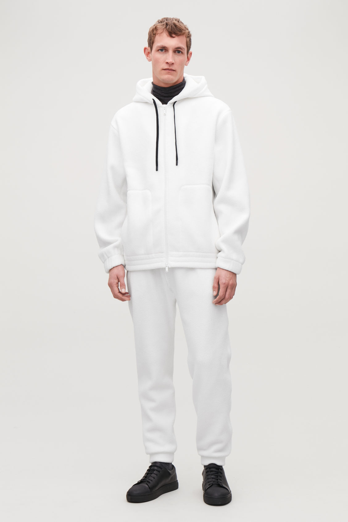 Model front image of Cos oversized fleeced jacket in white