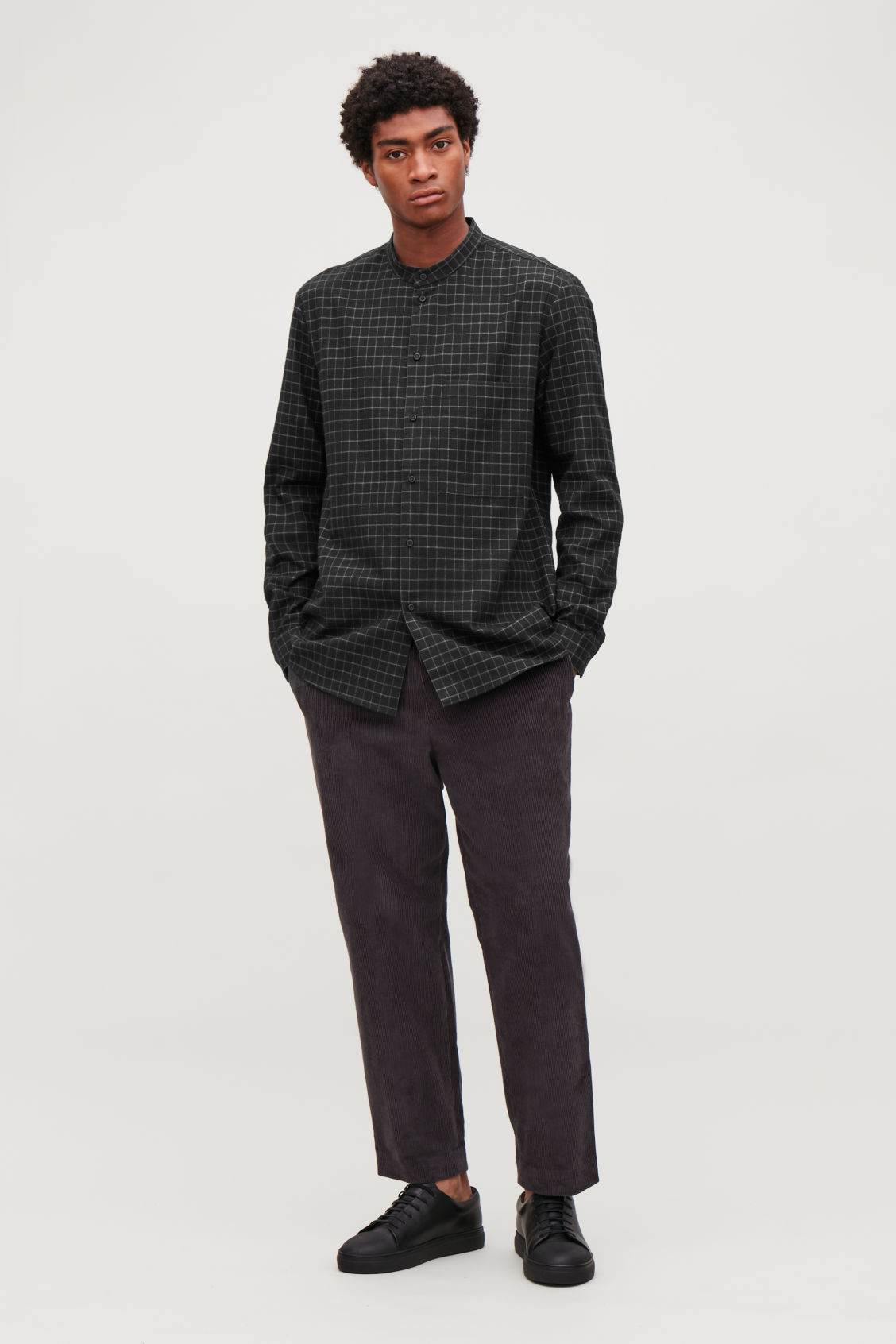 Model front image of Cos checked grandad-collar shirt in black