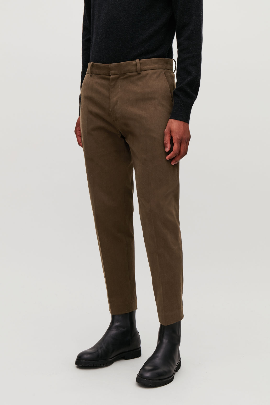 Model side image of Cos  in brown