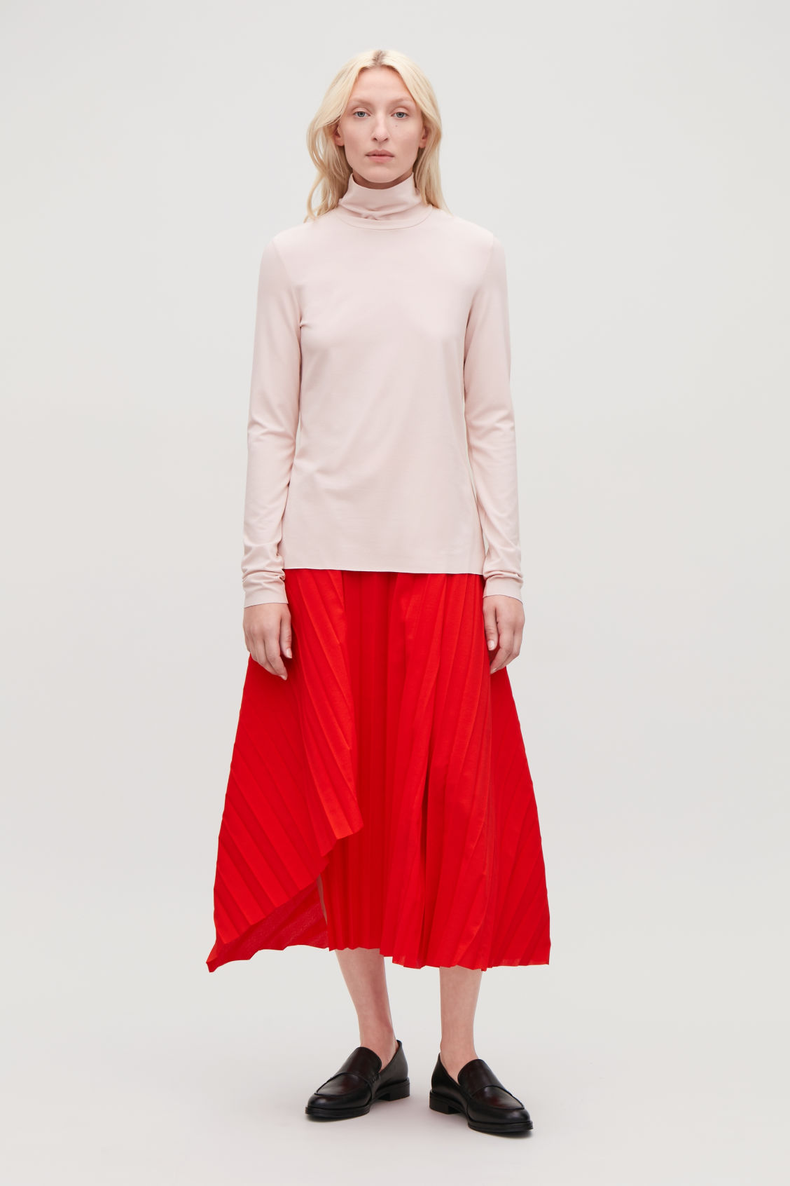 Model front image of Cos jersey roll-neck top in pink