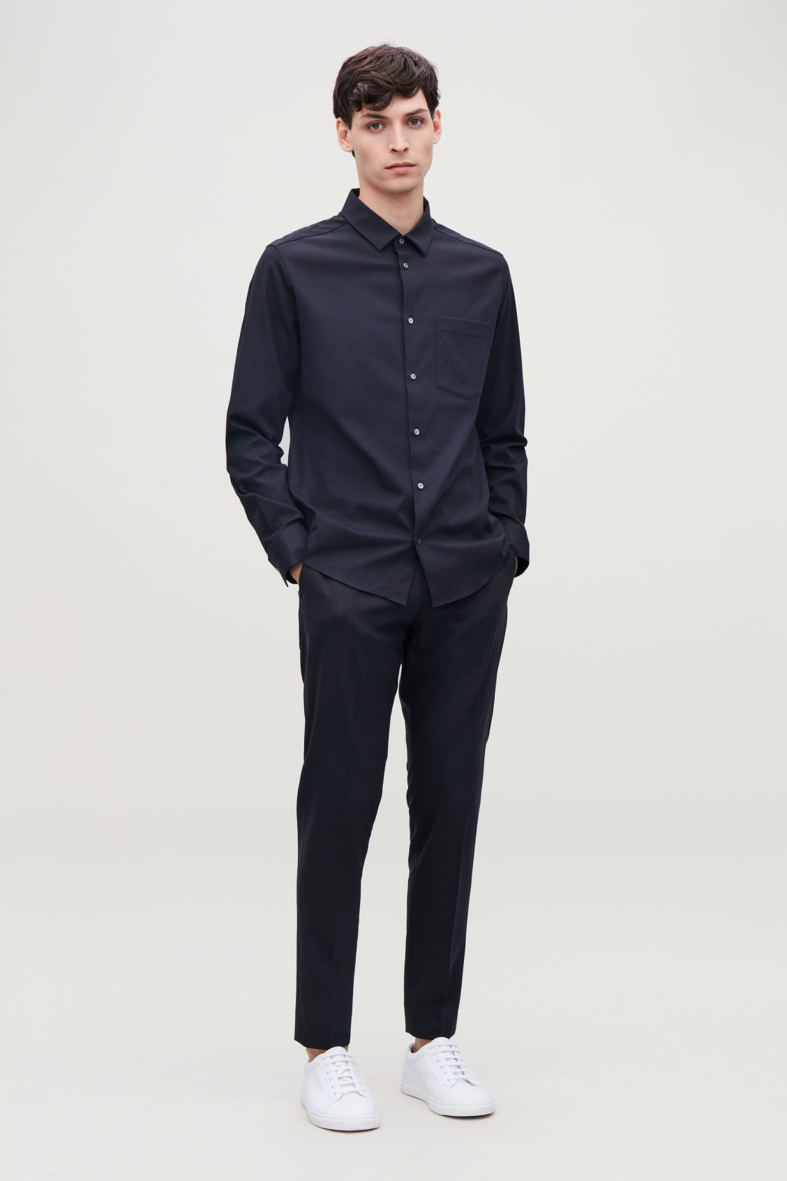Model front image of Cos long-sleeved cotton shirt in blue