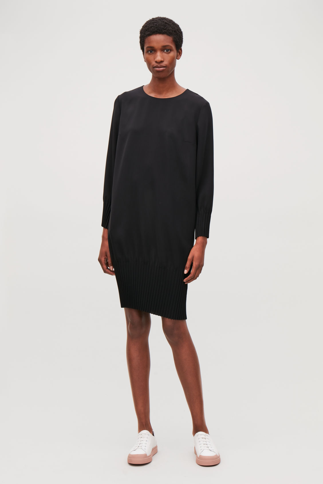 Model front image of Cos pleated dress in black