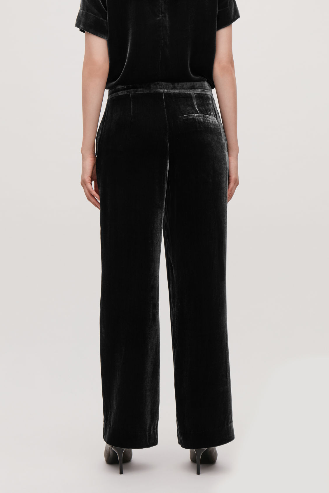 Model side image of Cos velvet wide-leg trousers in grey