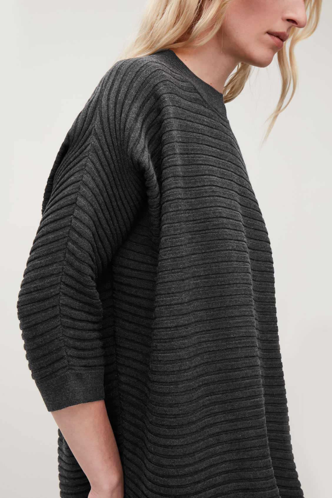 Model side image of Cos  voluminous wool rib-knit dress in grey