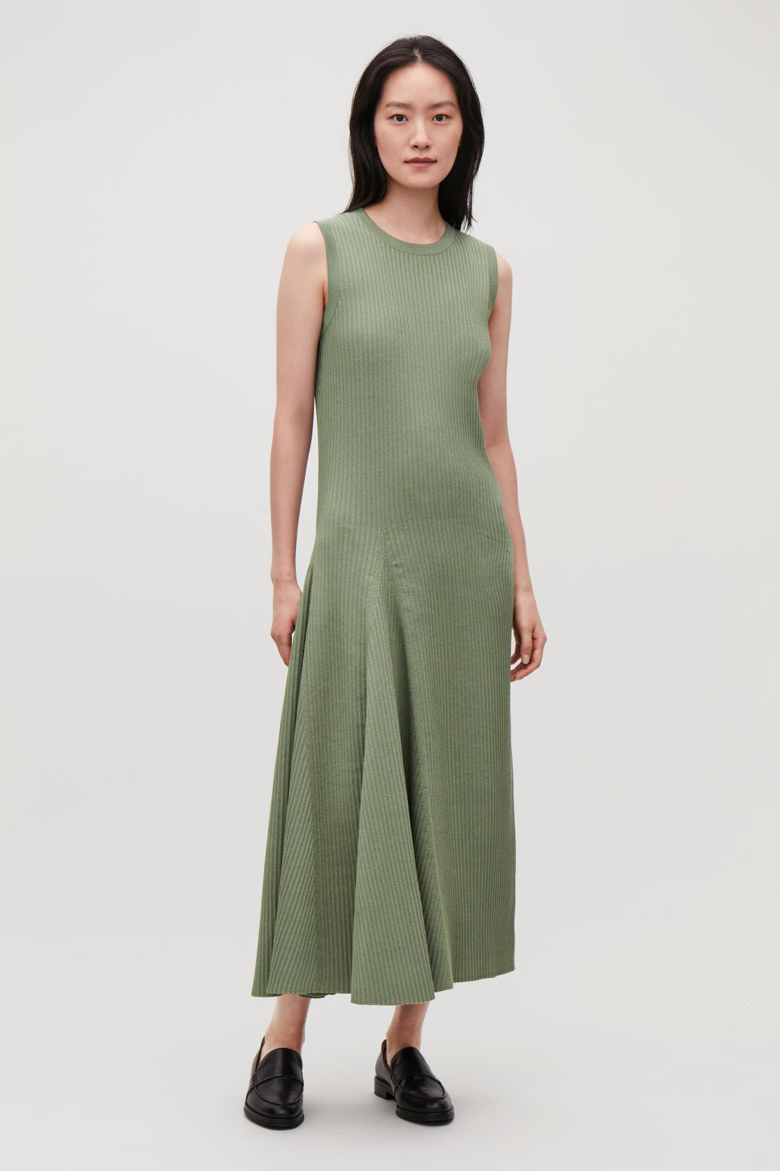 Model front image of Cos sleeveless cotton-rib dress in green