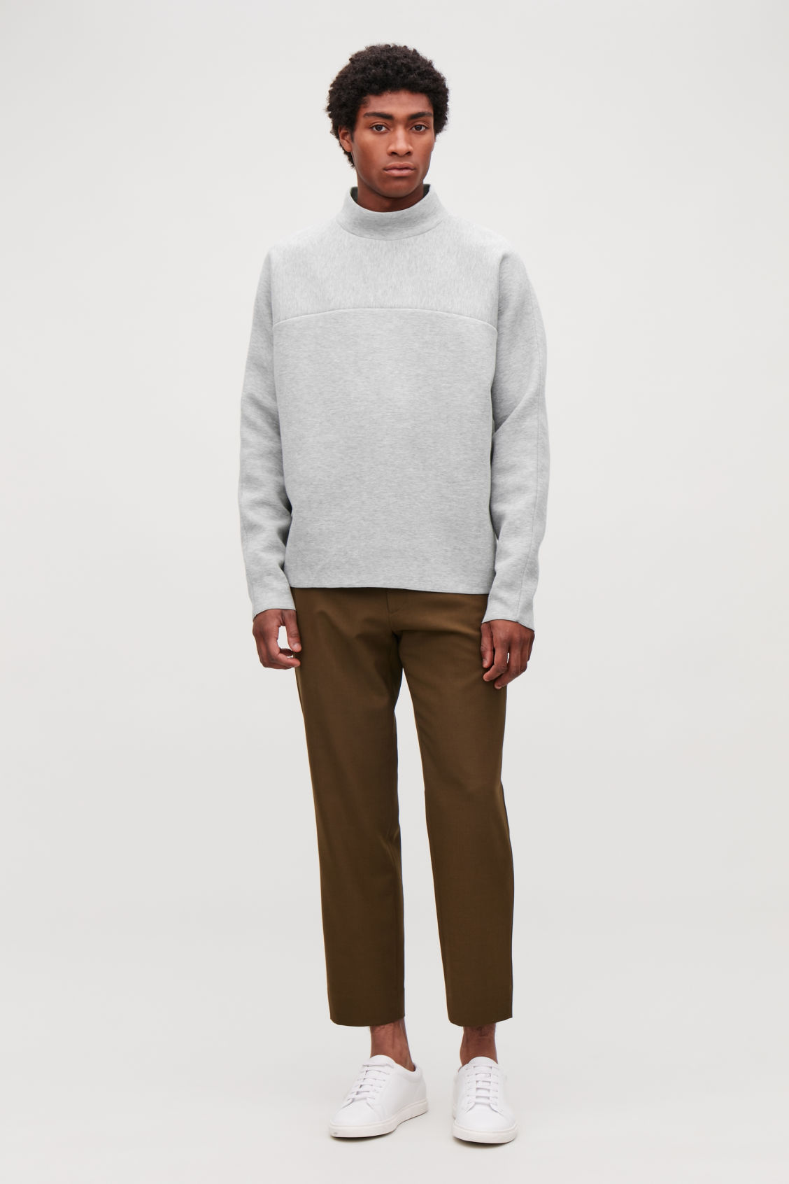 Model front image of Cos  in grey