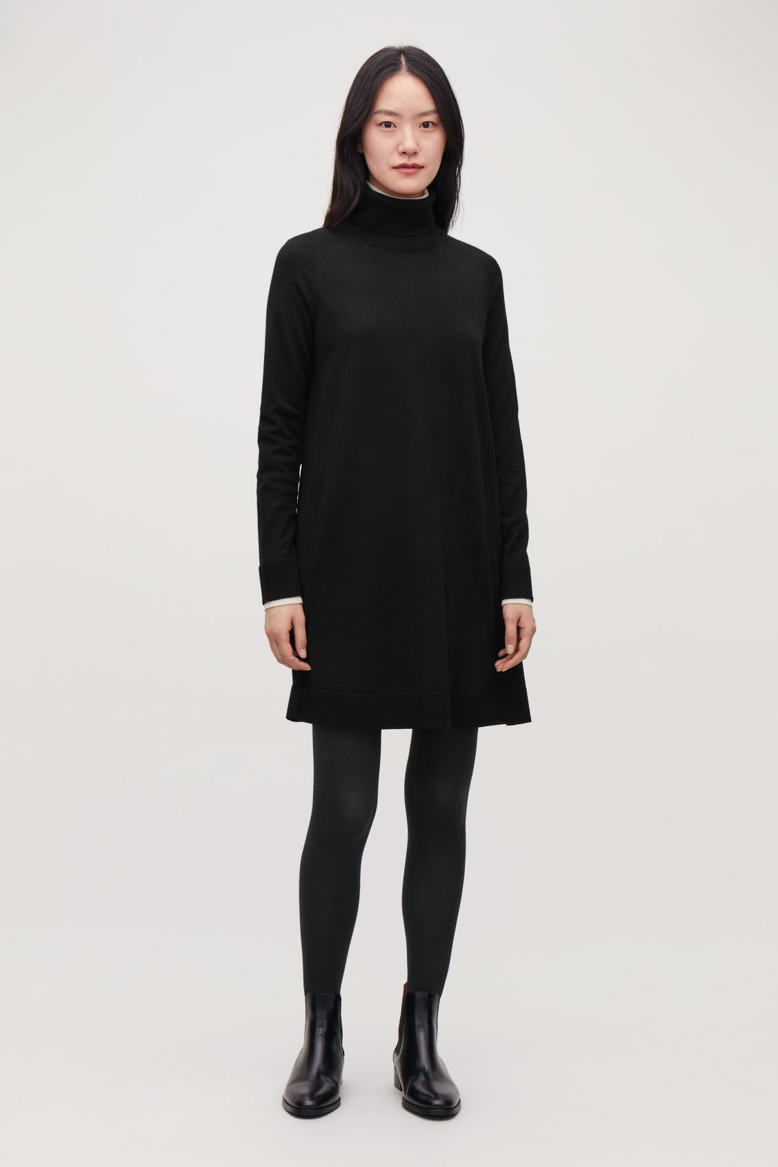 Model front image of Cos  in black