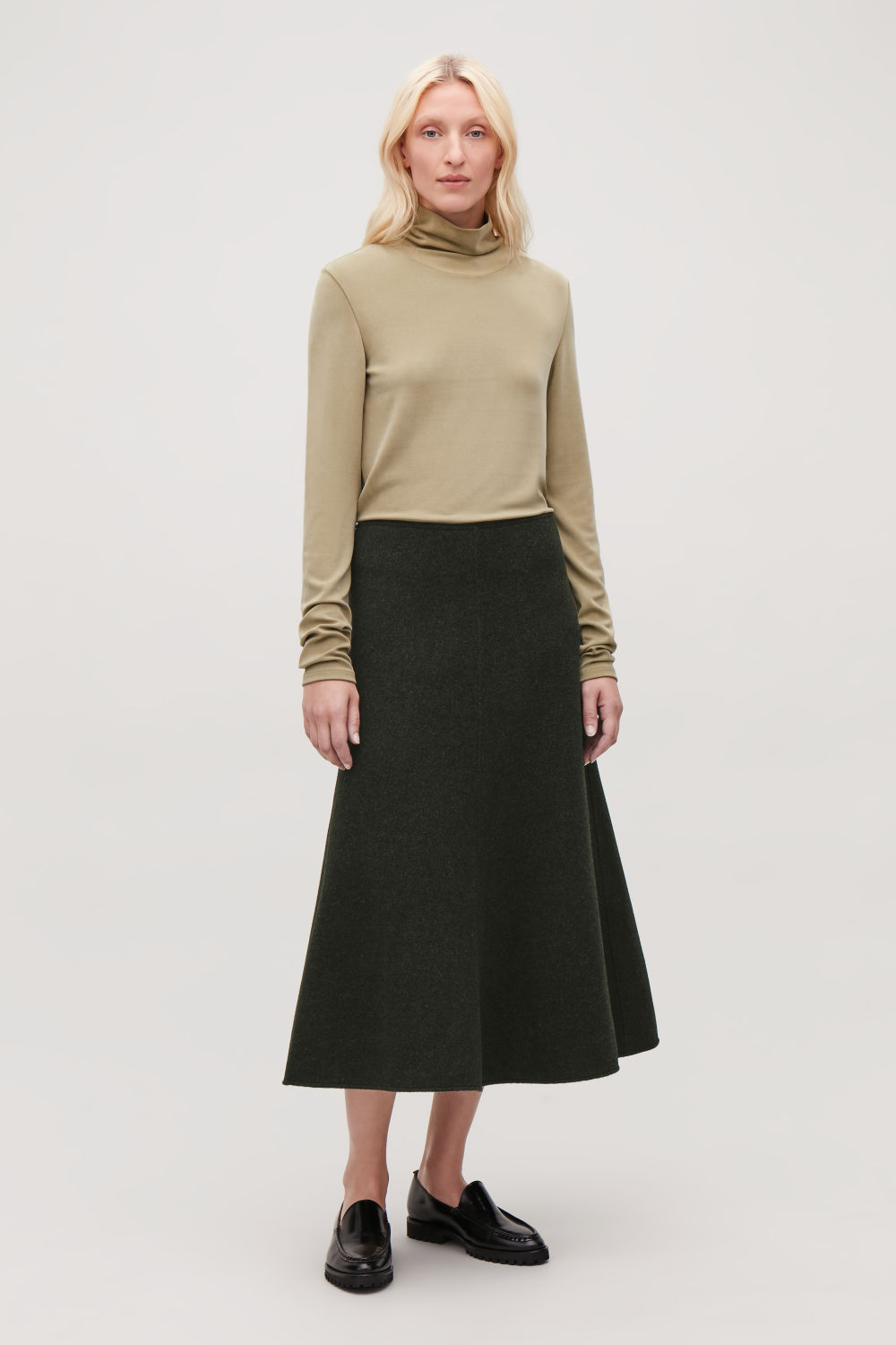 A-LINE WOOL SKIRT WITH SEAMS