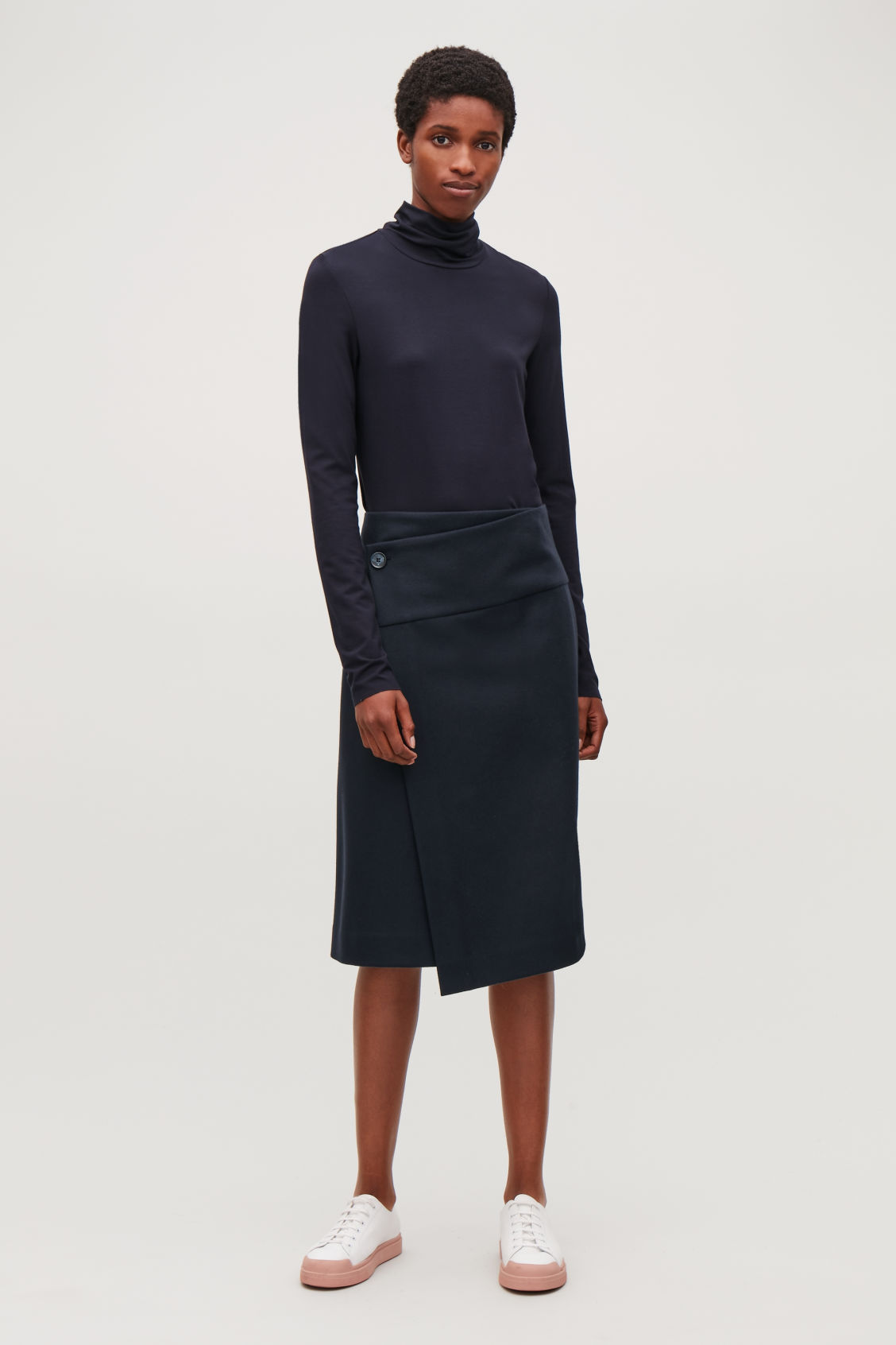 Model front image of Cos a-line wrap skirt in blue