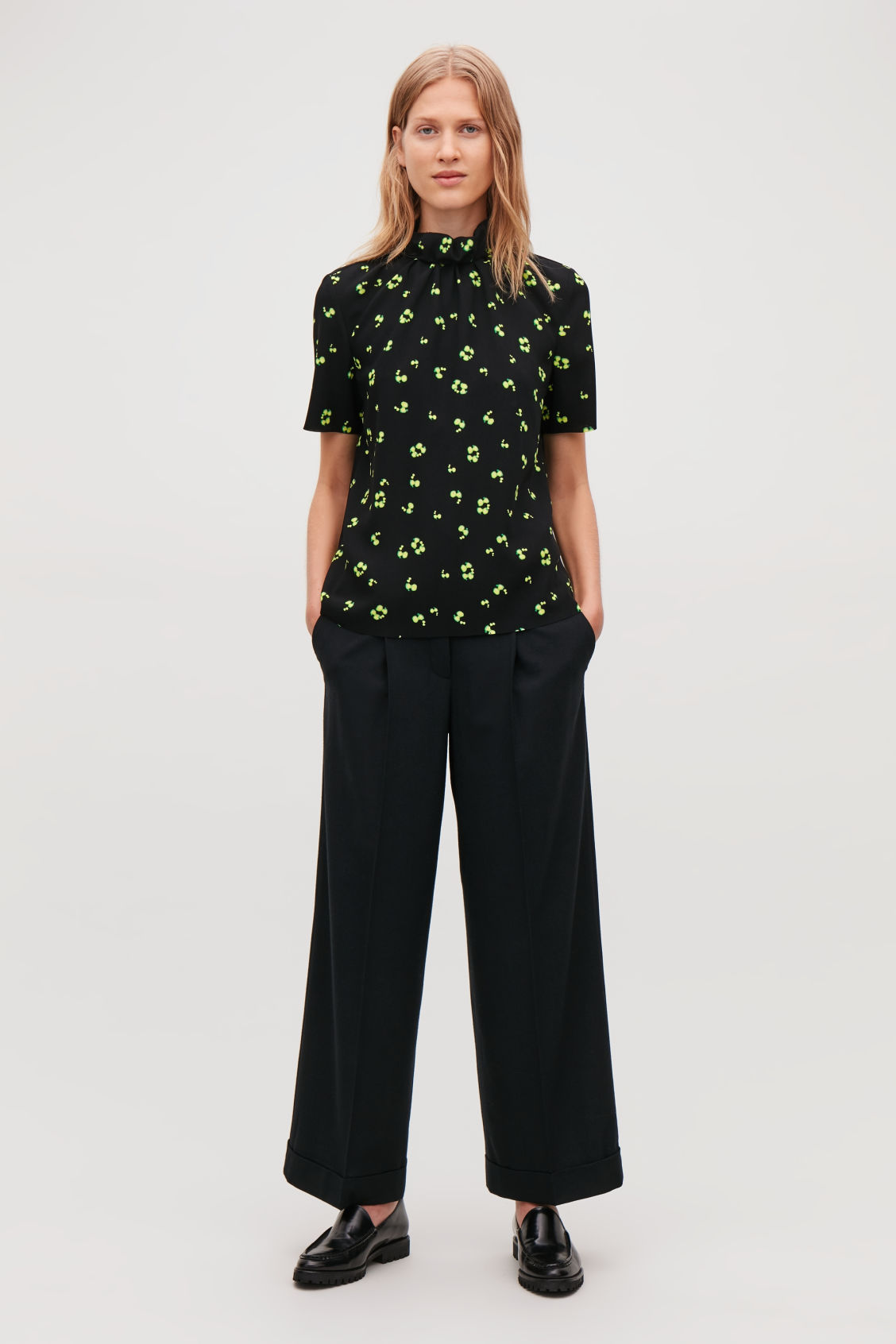 Model front image of Cos gathered-neck printed blouse in black