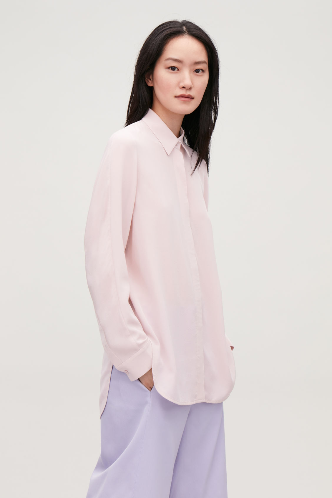 Model side image of Cos  in pink