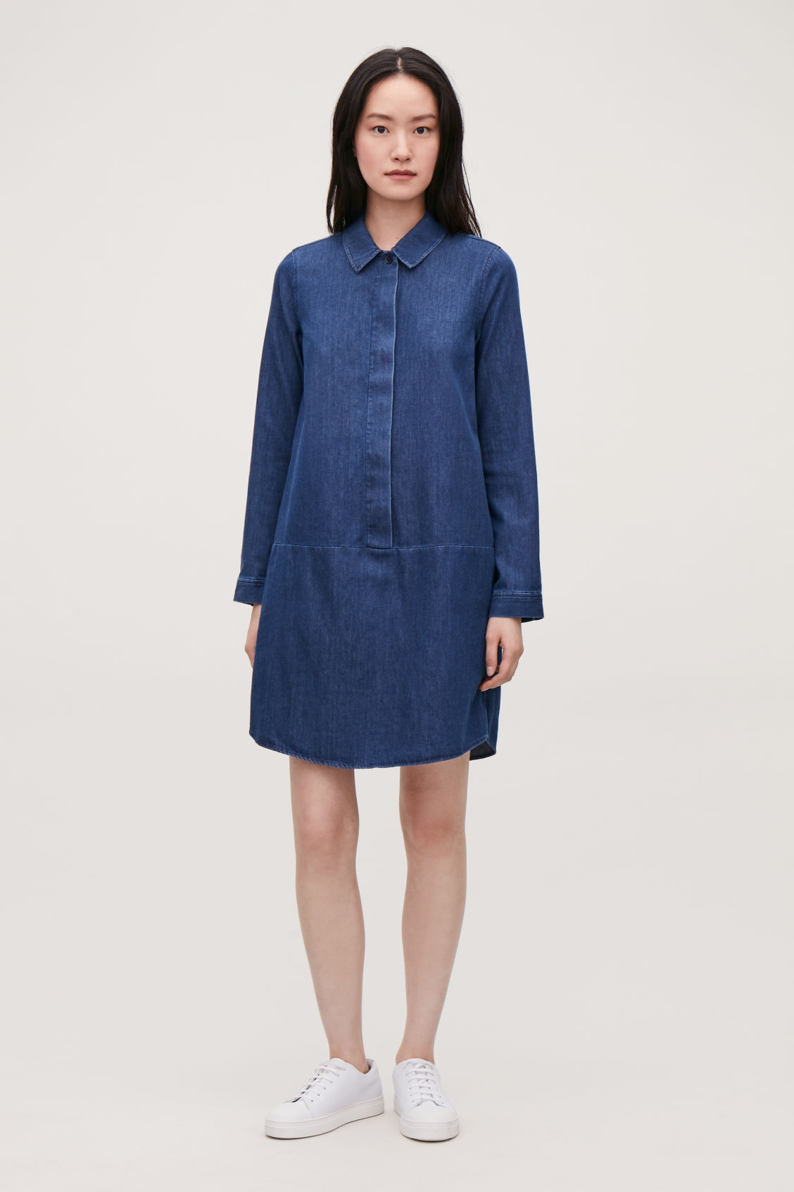 Model front image of Cos a-line denim shirt dres in blue