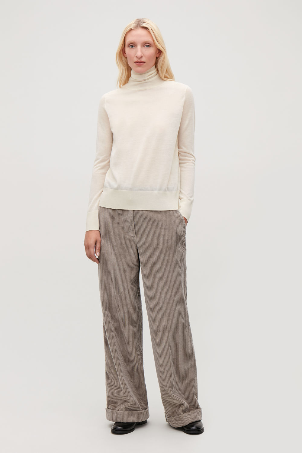 MERINO WOOL ROLL-NECK TOP