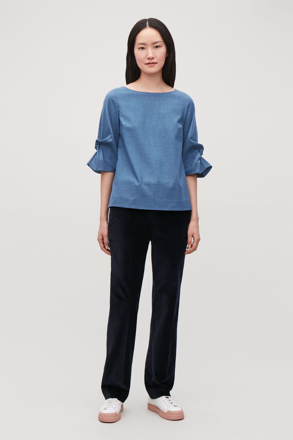 BOW-DETAILED WOOL BLOUSE