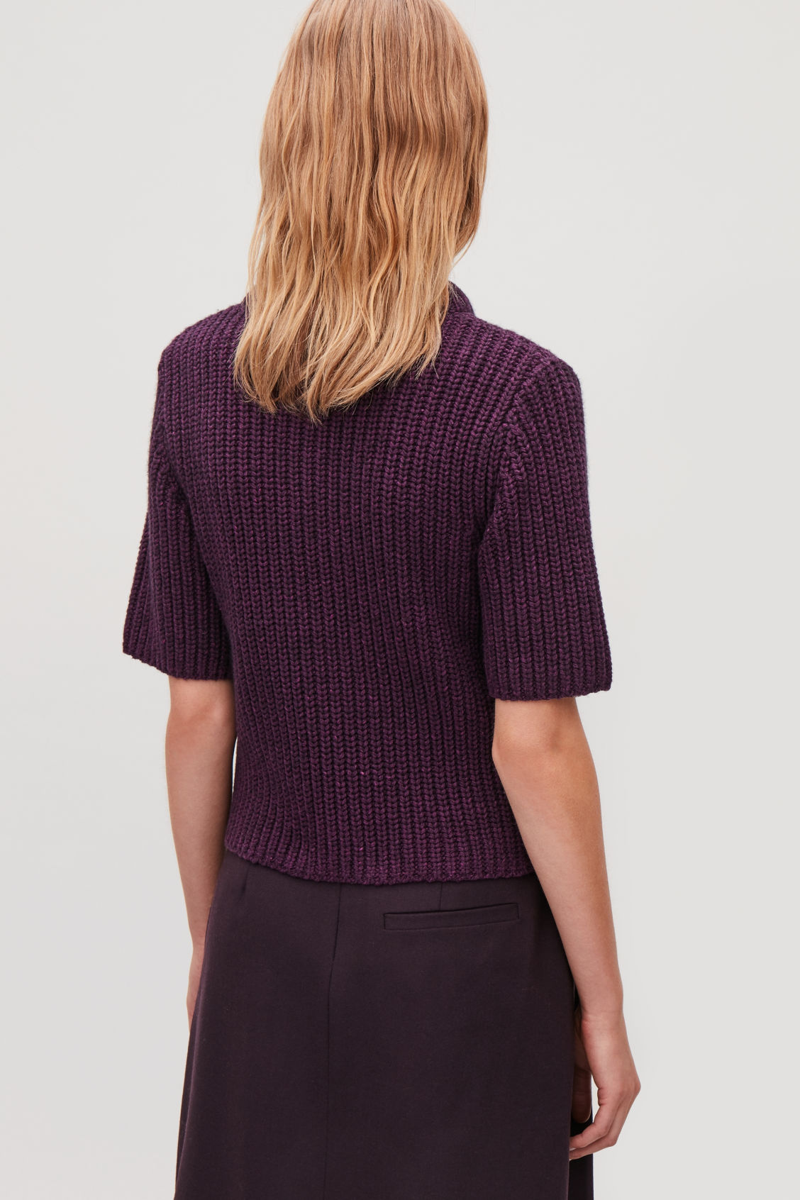 Model side image of Cos  in purple