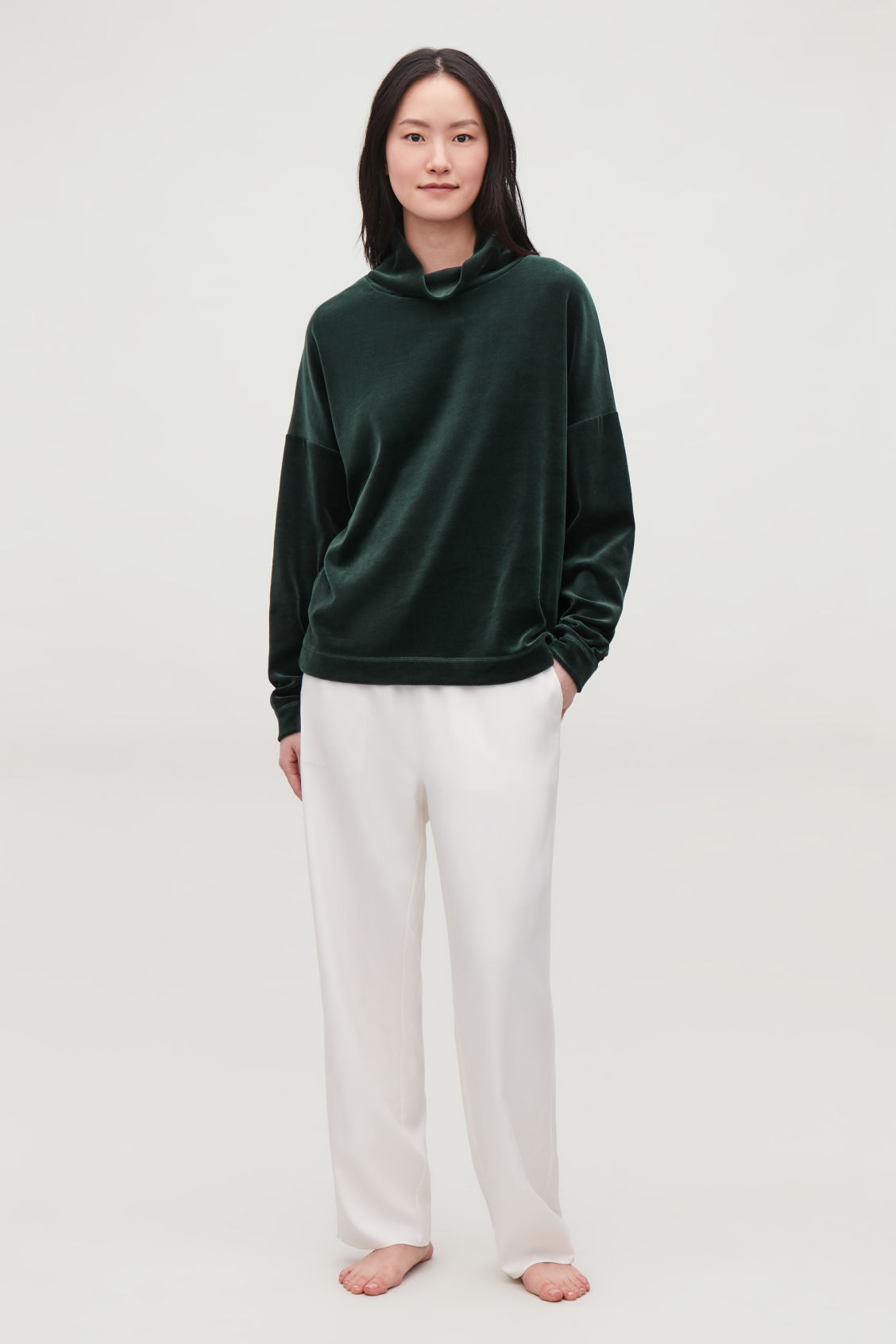 Model front image of Cos  in green