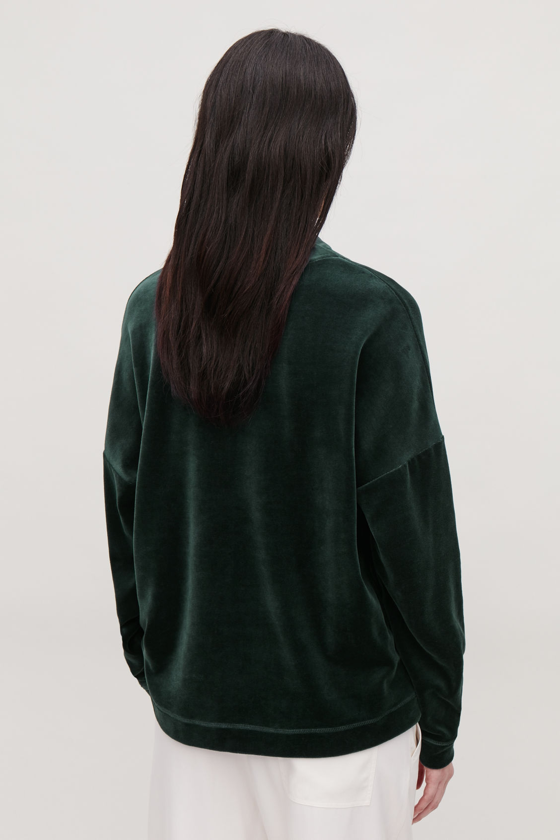 Model side image of Cos  in green