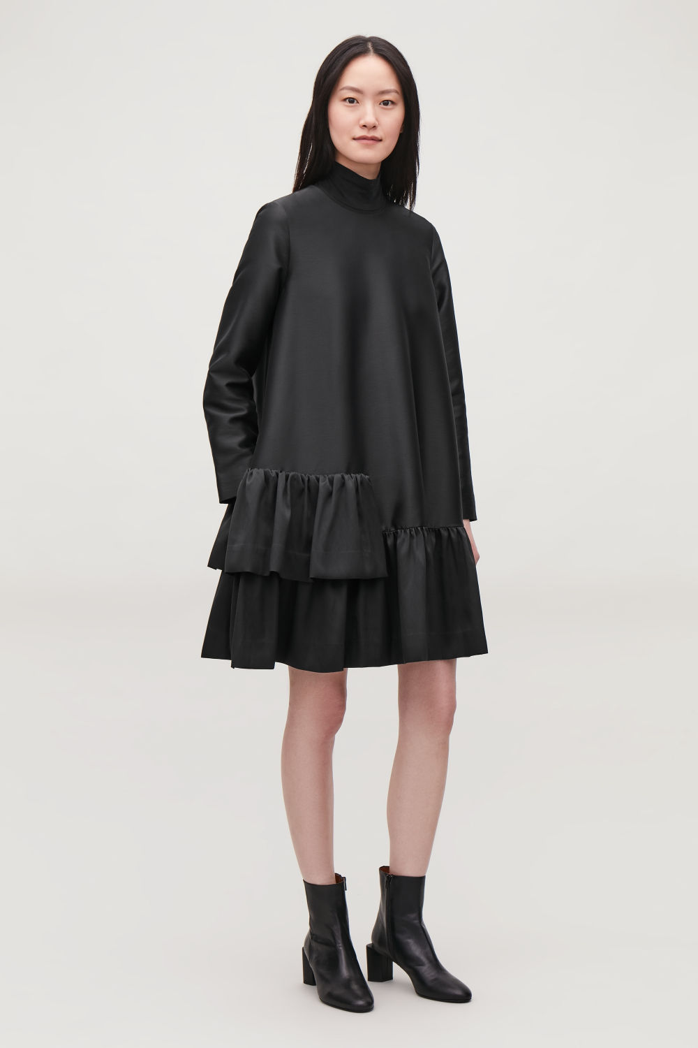 MID-LENGTH A-LINE FRILL DRESS