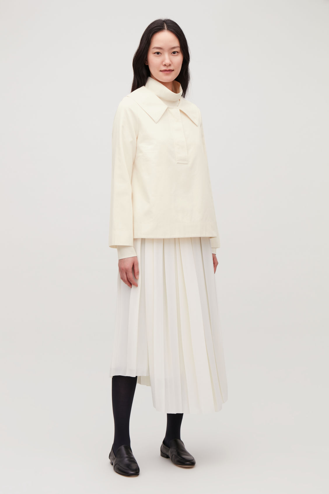 Model front image of Cos oversized-collar cotton top in white