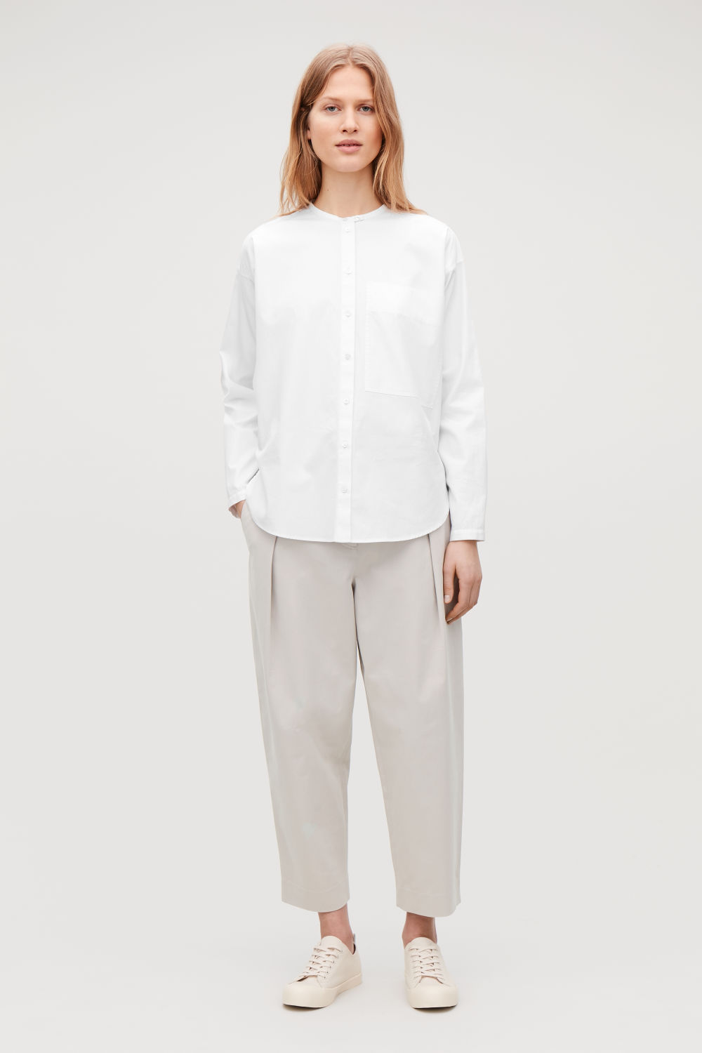 PLEAT-FRONT CROPPED COTTON TROUSERS