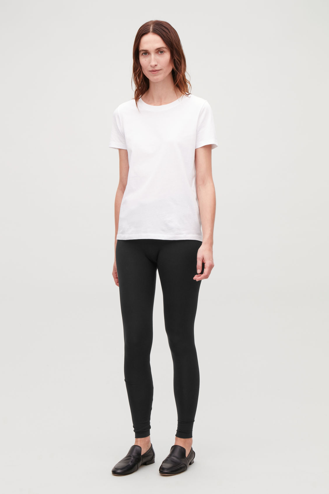 Model front image of Cos slim jersey leggings in black