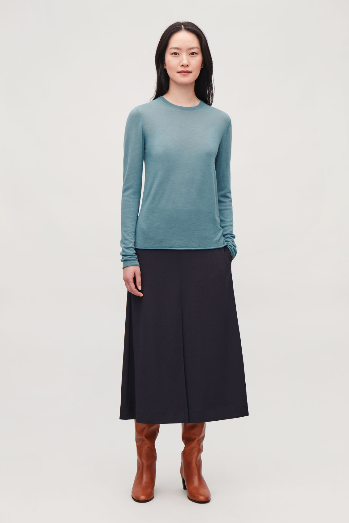 Model front image of Cos merino round-neck jumper in turquoise