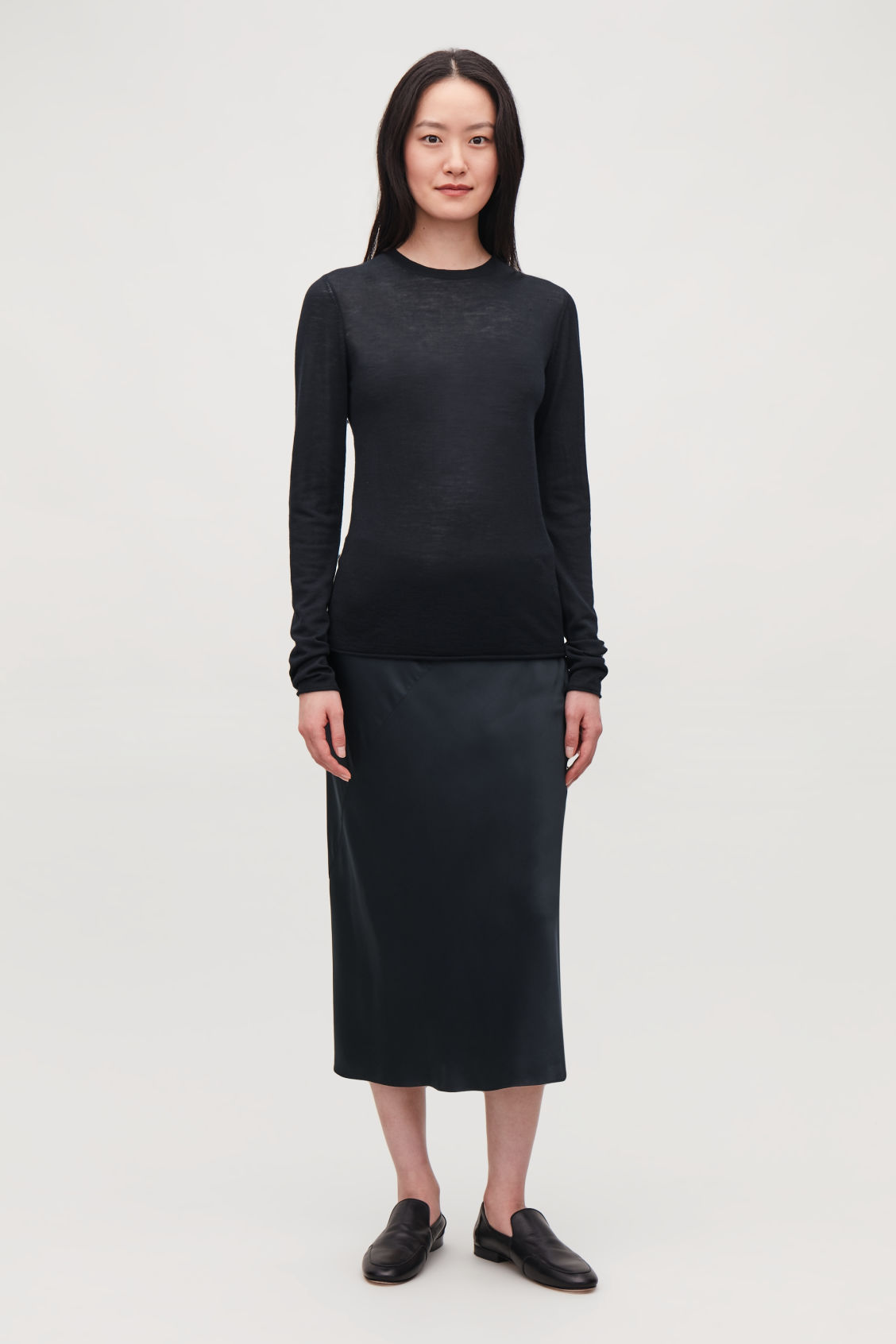 Model front image of Cos merino round-neck jumper in blue