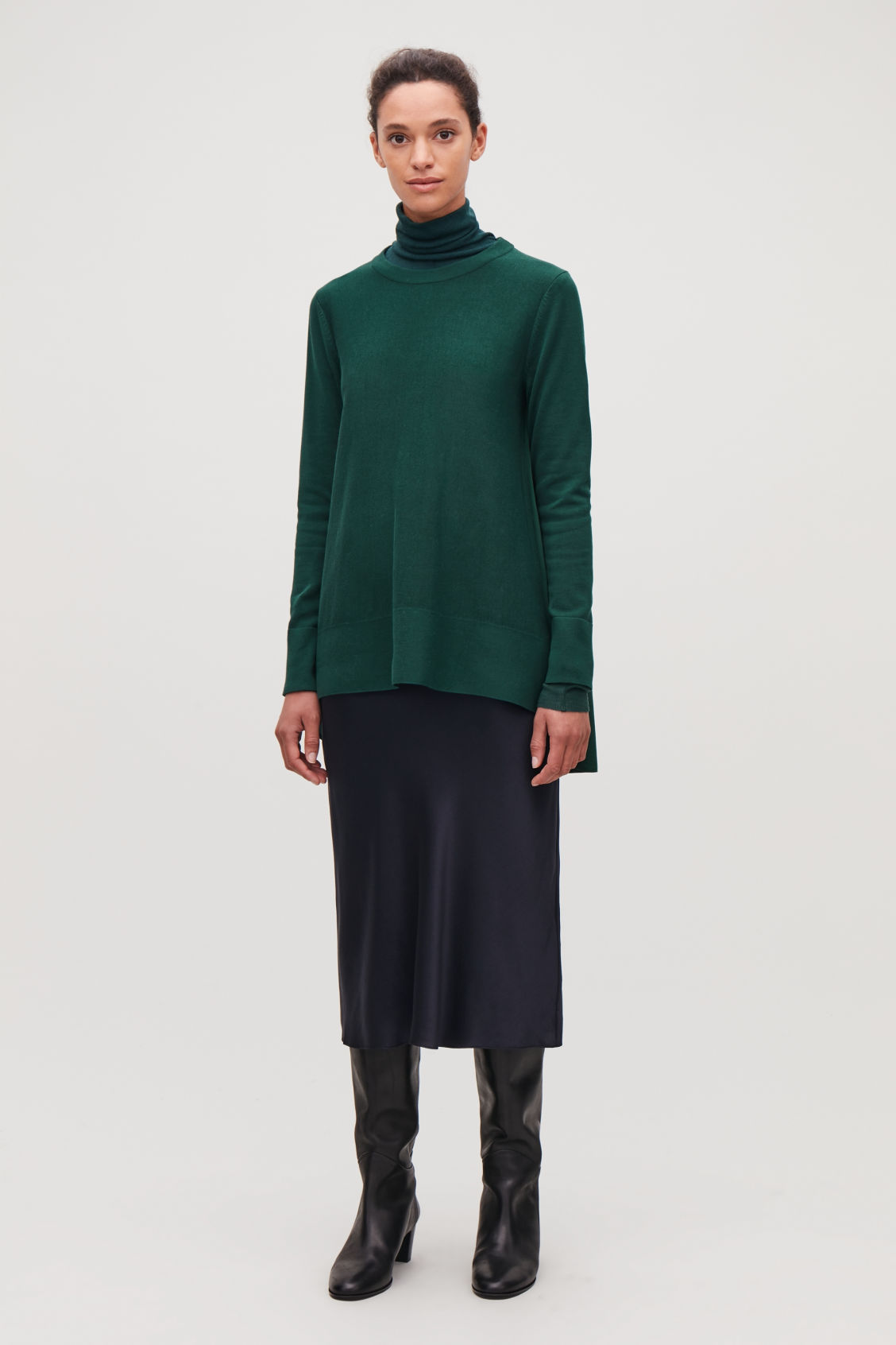 Model front image of Cos knit top with silk panel in green