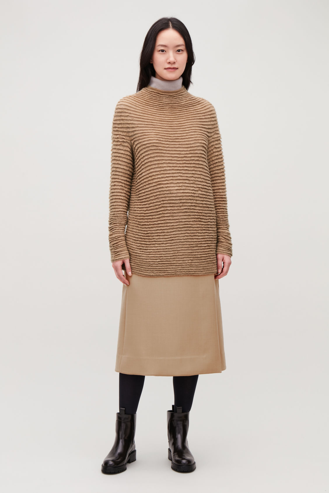 Model front image of Cos ripple-stitched wool jumper  in beige