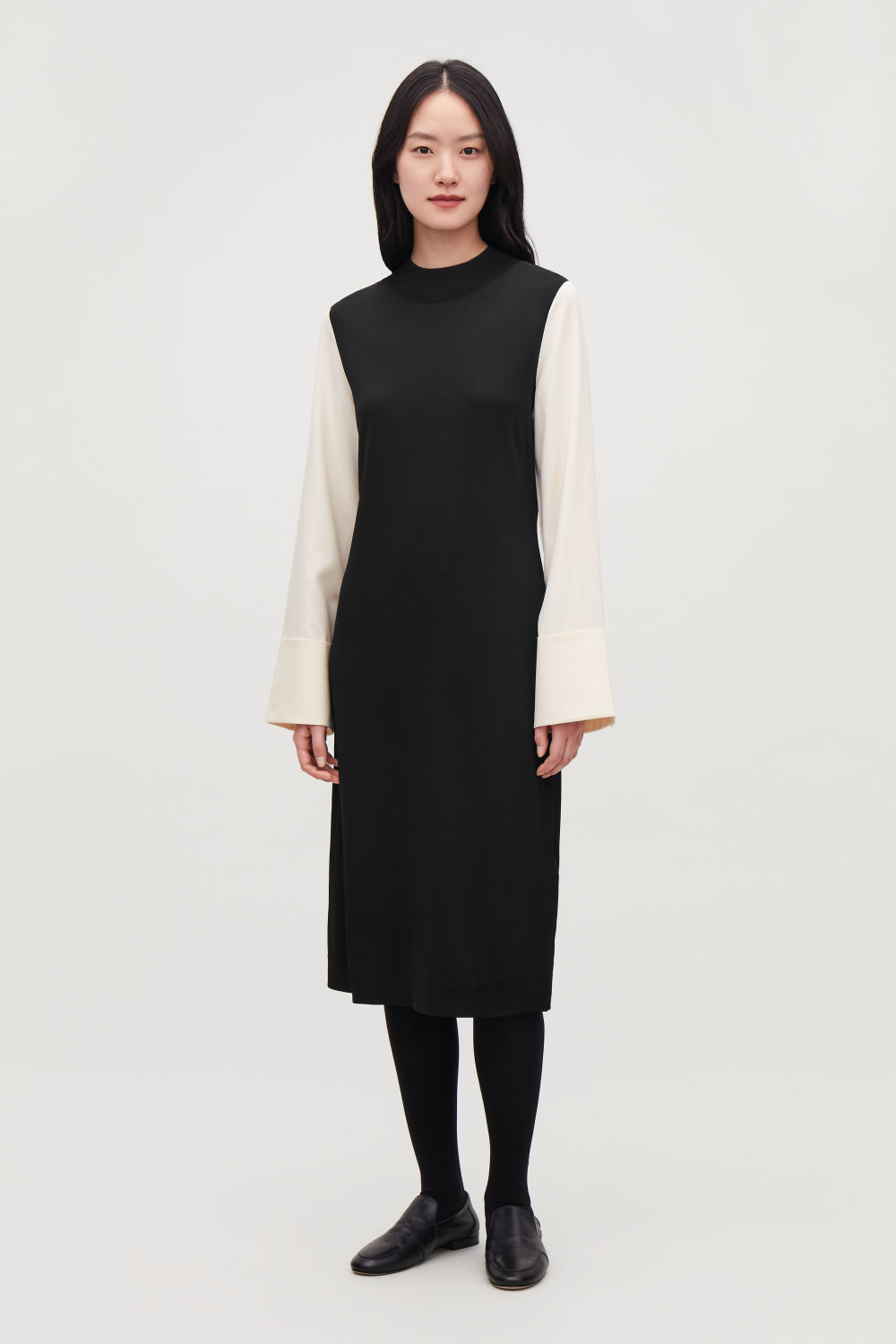 SILK-SLEEVED KNIT DRESS