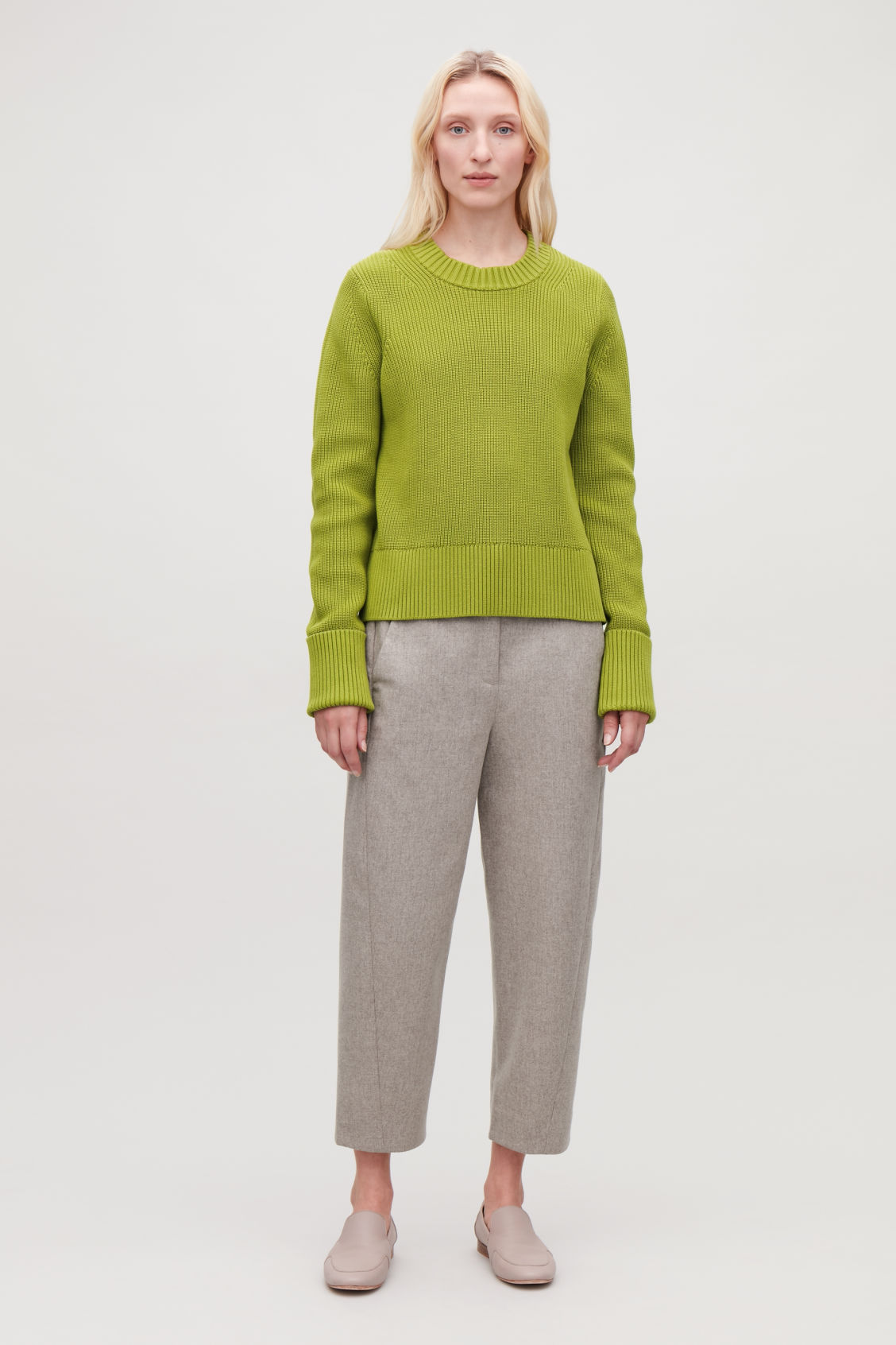 Model front image of Cos chunky-knit jumper in green