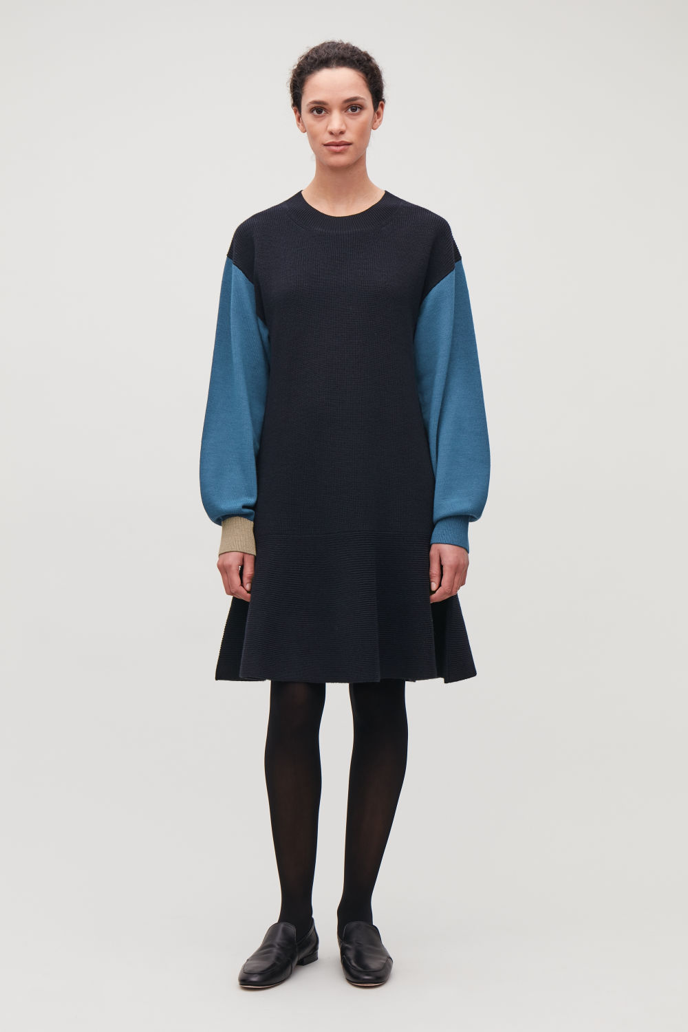 COLOUR-BLOCK WOOL-KNIT DRESS