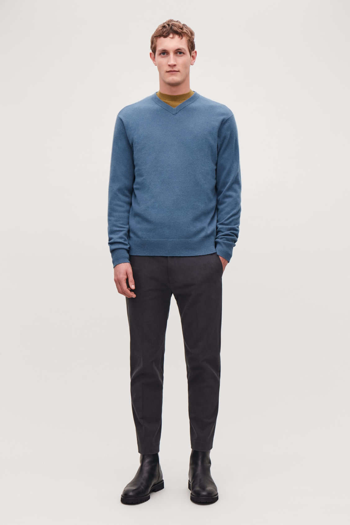 Model front image of Cos high v-neck cashmere jumper in blue