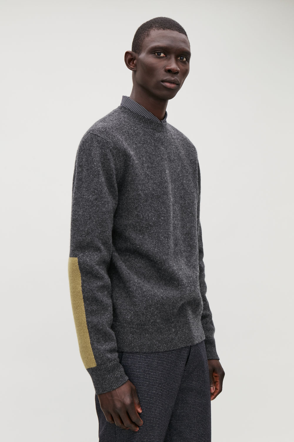 LAMBSWOOL JUMPER WITH ELBOW PATCHES