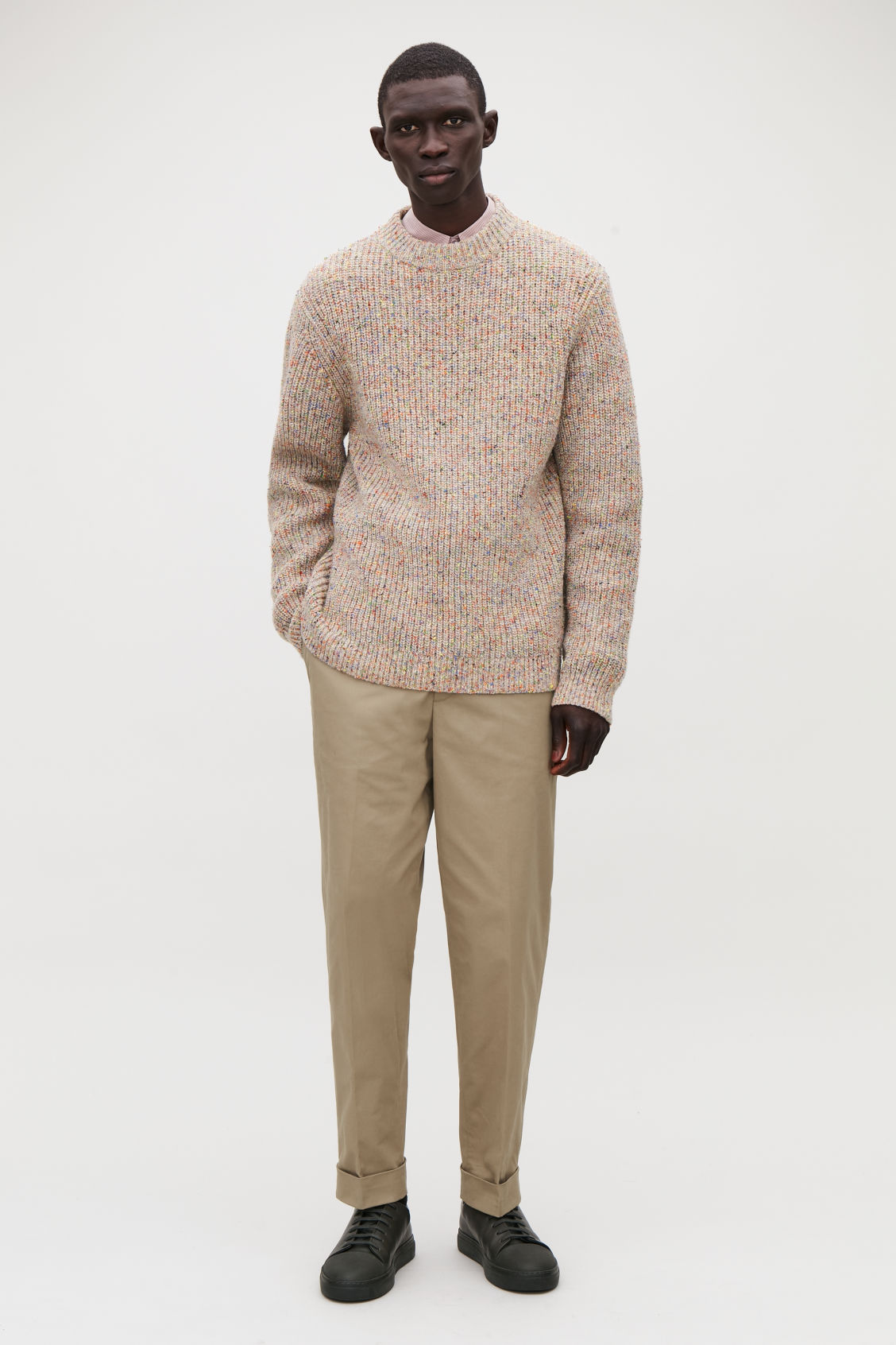 Model front image of Cos speckled chunky-knit jumper in brown