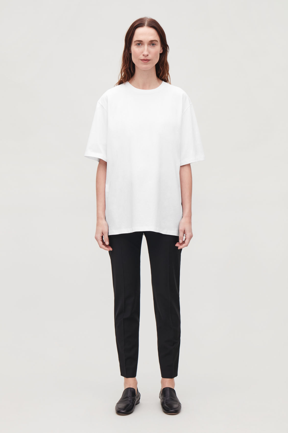 Model front image of Cos oversized round-neck t-shirt  in white