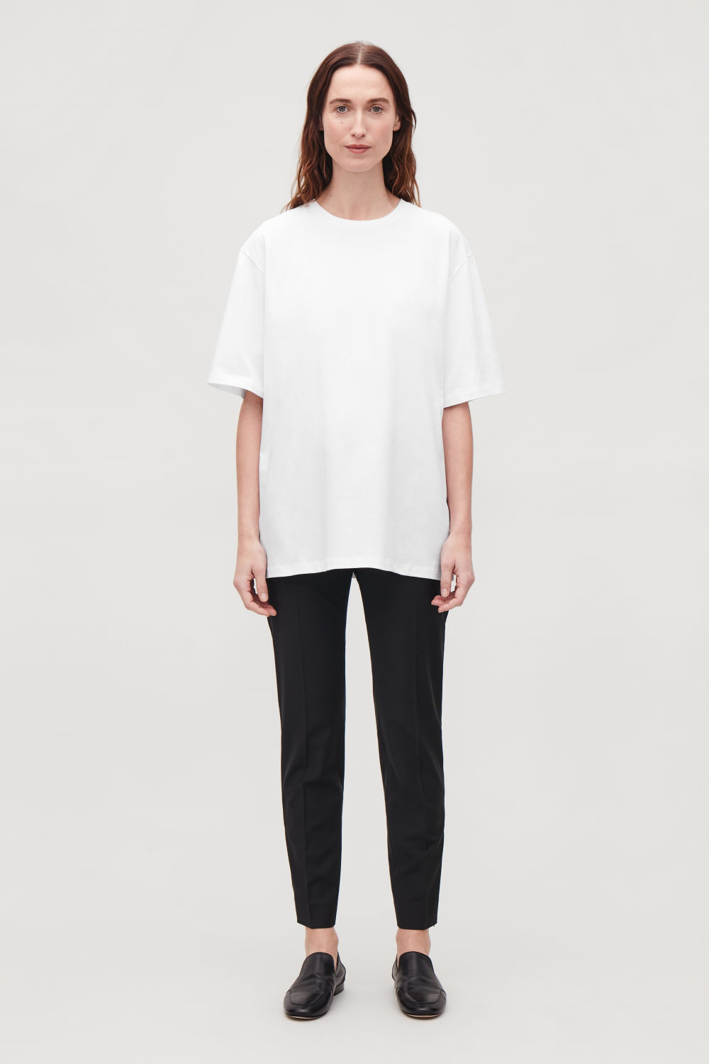 OVERSIZED ROUND-NECK T-SHIRT