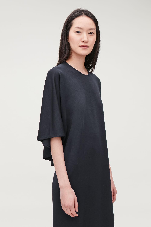 CAPE-PANELLED LONG JERSEY DRESS ... 32b6ee8ff2