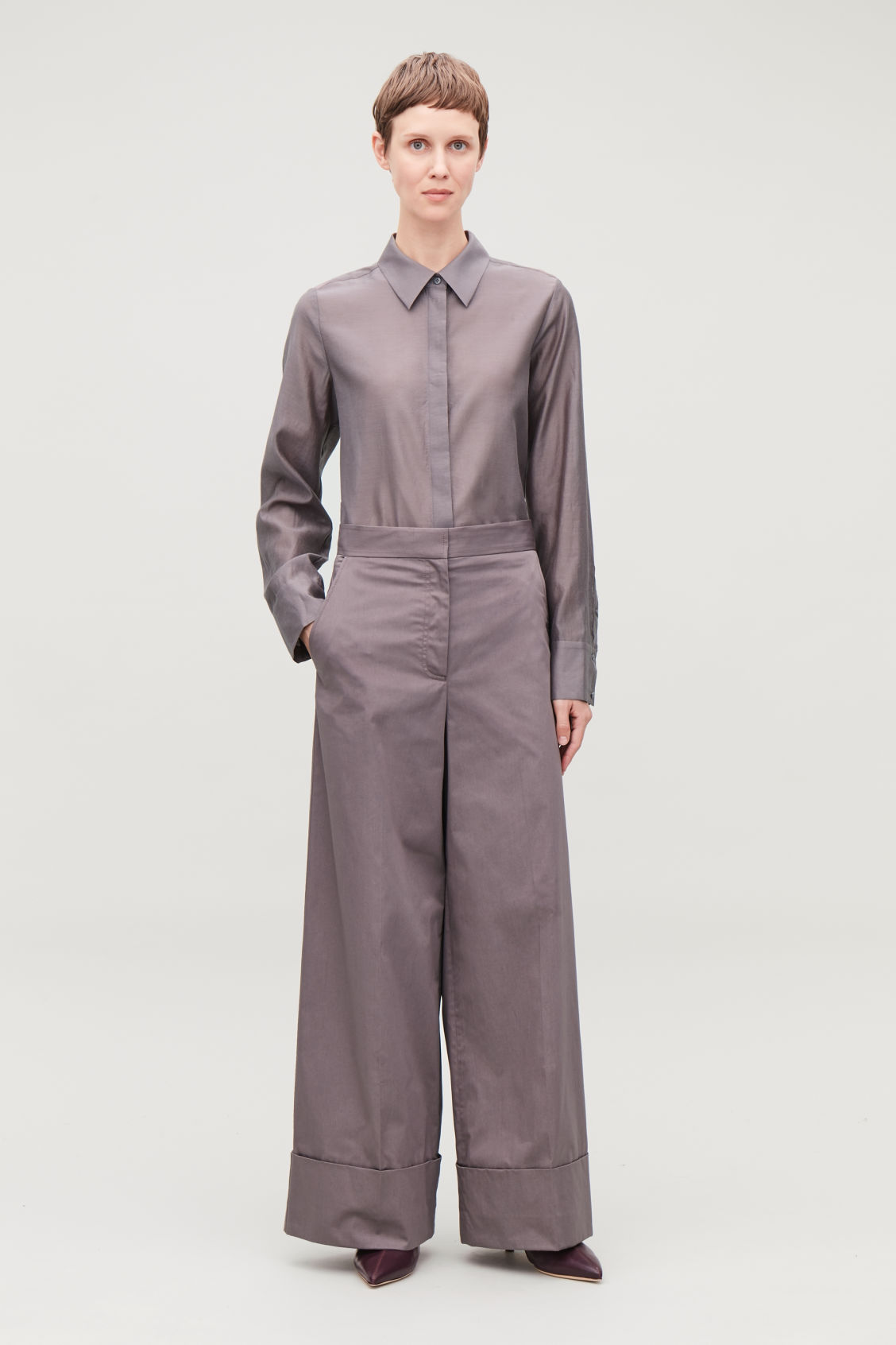 Model front image of Cos wide-leg cotton trousers in purple
