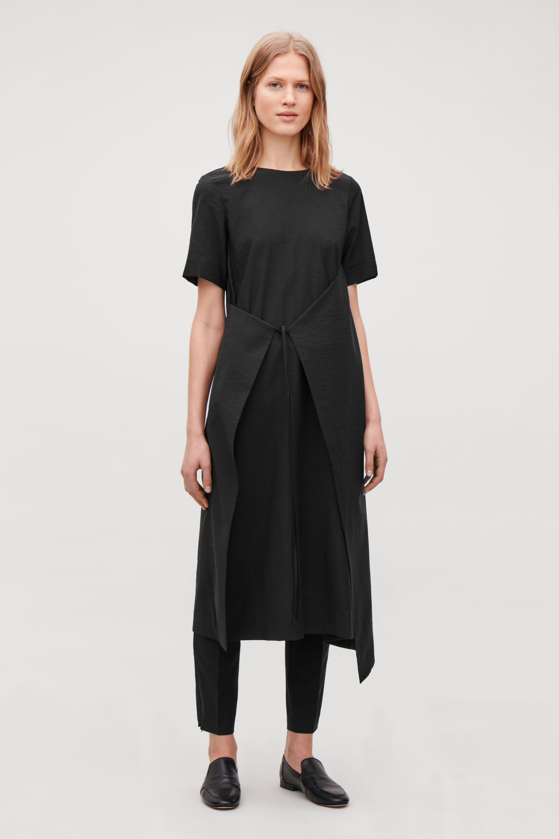 Model front image of Cos asymmetric tie dress  in black