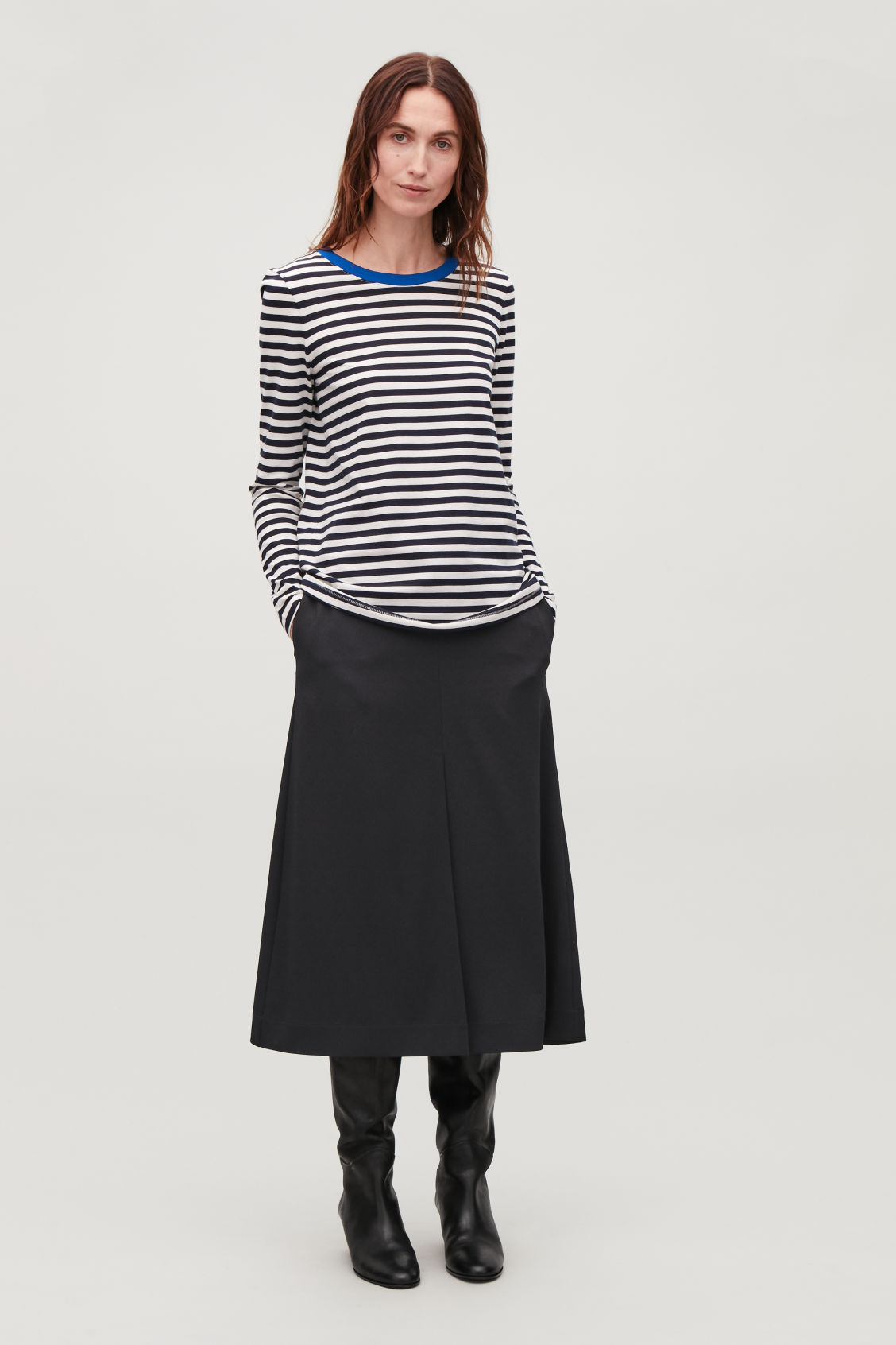 Model front image of Cos straight-hem long-sleeved top in blue